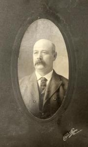 Mayor Frank Hooker